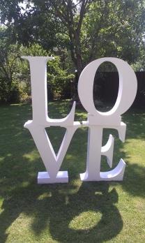 Аренда букв LOVE в Киеве